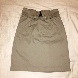 Tan pencil skirt with pockets